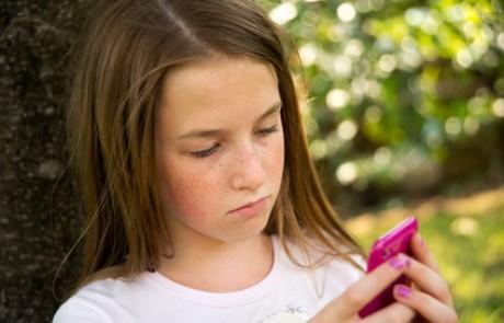 למה בני הנוער לא יכולים להתנתק מהמסכים?