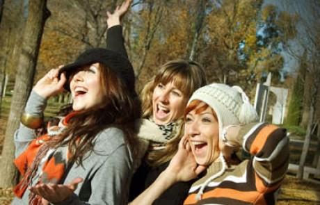"""ארה""""ב: הושק מגזין תוכן איכותי חדש לנערות CLOVER ותופתעו איך מקבלים אותו"""